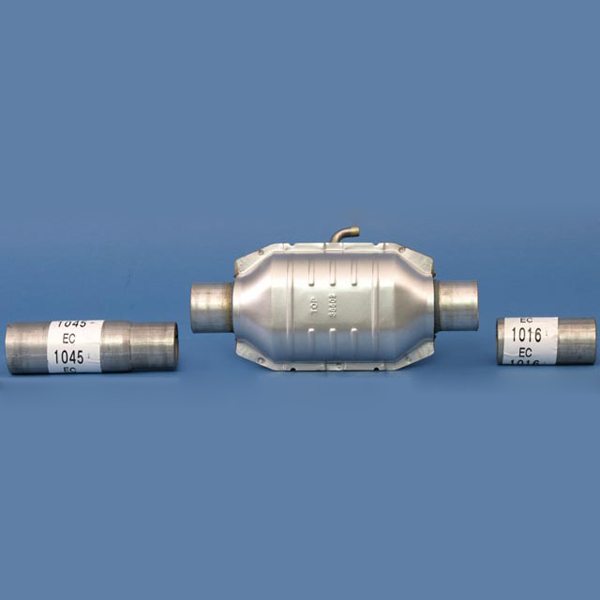 CATALYTIC CONVERTER CJ5/CJ7/CJ8 79-83 4.2L, GM 151 WITHOUT AIR TUBE