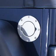 GAS HATCH COVER, STAINLESS, 97-06 WRANGLERThis tough gas cover is manufacturer of stamped stainless steel and then specially treated for durability and shine. Special treating is resistant to gasoline and other chemicals. Installs over your factory gas cap opening to resistant to gasoline and other chemicals. Installs over your factory gas cap opening to existing mounting holes- No drilling required. Please note that your factory gas cap is still required.                      Replaces: MS-202400Made in TAIWANUPC: 804314076009Label: 11134.01 GAS HATCH LID SS TJ