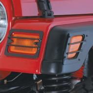 FRONT SIDE MARKER AND PARK EURO GUARDS, BLACK, 97-06 WRANGLER/UNLIMITED (4 PIECES)Protect those expensive side markers and turn signals from impact with the Rugged Ridge Euro Light Guards. These guards look as good as they perform. Each Euro Light Guard is easy to install with no drilling required. Sold as a 4 piece set. perform. Each Euro Light Guard is easy to install with no drilling required. Sold as a 4 piece set.                         Replaces: 5670Made in TAIWANUPC: 804314000998Label: 11231.01 GUARD 4 PC LT TJ BLK
